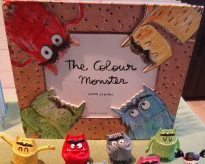 Kleurenmonster pop up book